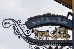 CORTINA D'AMPEZZO, VENETO/ITALY - 27-ОЕ МАРТА: Столб s Ла de гостиницы Стоковое фото RF