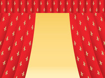 Cortina roja del teatro con los lirios reales Imagen de archivo