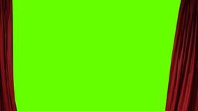 Cortina teatral vermelha de abertura com projetor