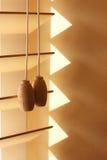 Cortinas e parede de madeira de janela Imagem de Stock Royalty Free