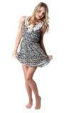 Cortocircuito Mini Dress de la mujer joven Imagen de archivo