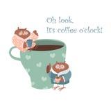 Coruja bonito com caneca de café Imagem de Stock