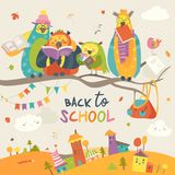 Corujas engraçadas no ramo do outono De volta à escola Fotografia de Stock Royalty Free