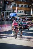 Corvara, Италия 21-ое мая 2016; Andrey Amador, профессиональный велосипедист, проходит финишную черту и потеряло его розовый jers Стоковые Фото