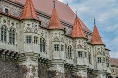 Corvin-Schloss Rumänien lizenzfreie stockfotos