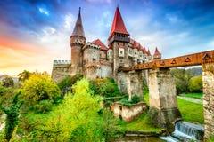 Corvin slott - Hunedoara, Transylvania, Rumänien Arkivfoto