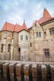 Corvinilor城堡在罗马尼亚的胡内多阿拉特兰西瓦尼亚地区 图库摄影