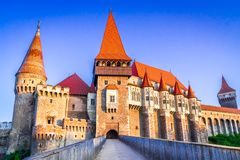 Corvinkasteel, Transsylvanië in Roemenië stock afbeeldingen