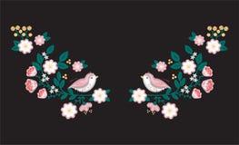 Cosa el bordado, modelos planos, flores estilizadas con los pájaros lindos, decoración para la ropa, estilo étnico, impresión de  Imagen de archivo