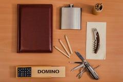 Cosas personales de la diversa oficina Imágenes de archivo libres de regalías