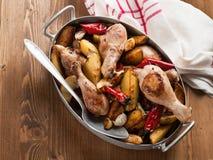 Coscie di pollo cucinate al forno Immagini Stock