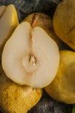 Cosecha del otoño de la pera Foto de archivo