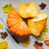 Cosecha fresca de la calabaza anaranjada Imagen de archivo libre de regalías
