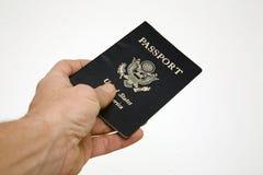 Cosegni il passaporto Fotografia Stock Libera da Diritti