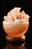 Cosiness de lampe de sel et concept de l'Himalaya de confort Photographie stock libre de droits