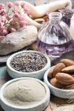 Cosméticos de la naturaleza, preparación hecha a mano con aceites esenciales y a Foto de archivo