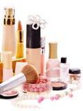 Cosméticos decorativos para el maquillaje. Imagenes de archivo
