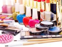 Cosméticos decorativos para el maquillaje. Foto de archivo libre de regalías