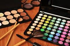 Cosméticos decorativos para el maquillaje Imágenes de archivo libres de regalías
