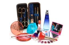 Cosméticos, perfumería y herramientas para los clavos Fotos de archivo libres de regalías