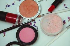 Cosméticos y accesorios para el maquillaje Imagen de archivo