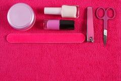 Cosméticos y accesorios para la manicura o la pedicura, concepto de cuidado del clavo Foto de archivo