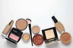 Cosmétiques de maquillage réglés Images libres de droits