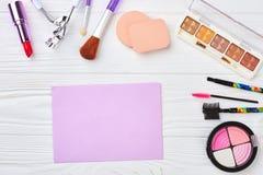 Cosmétiques et équipement de maquillage Image stock