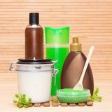 Cosmetici di cura del corpo e della stazione termale Immagini Stock