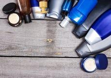 Cosmetici per il fondo degli uomini Fotografia Stock