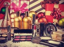 Cosmetici sui regali di natale Immagine Stock Libera da Diritti