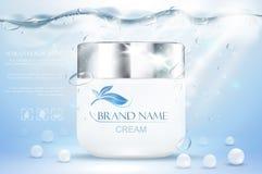 Cosmetico d'idratazione crema dell'acqua Pubblicità del modello blu subacqueo realistico Promozione di Skincare Lozione facciale  fotografia stock libera da diritti
