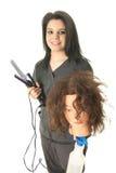 Cosmetologist Preparing del estudiante a practicar Imagenes de archivo