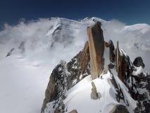 Cosmiques Arete u. Mont Blanc Stockbilder