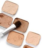 Cosméticos com escova Fotografia de Stock