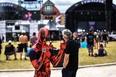 Cospaly Deadpool dans le festival de métaux lourds de Hellfest, France de Clisson photos libres de droits