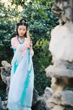 cosplay传统古老戏曲服装的hanfu的亚裔中国妇女 图库摄影