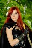 cosplay средневековая женщина воина Стоковая Фотография