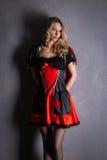 Cosplay rosso della regina - giovane donna graziosa Immagine Stock Libera da Diritti