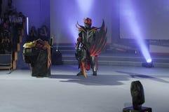 Cosplayer穿戴了作为字符龙骑士 图库摄影