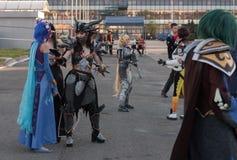 Cosplayer穿戴了作为字符Neltharion, Deathwing 库存图片