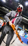 Cosplayer穿戴了作为`从`发薪日`电子游戏系列的狼` 库存照片