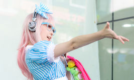 Cosplayer jako charaktery Super Sonico od SoniAni: Super Sonic Obrazy Stock