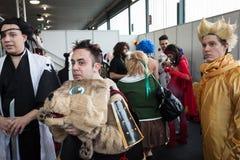 Cosplayers che posa alla convenzione di Festival del Fumetto a Milano, Italia Fotografie Stock