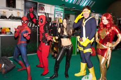 Cosplayers do caráter da maravilha Foto de Stock Royalty Free