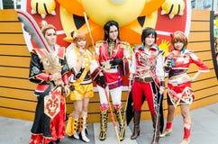 Cosplayers jako charakter dynastii wojownik w Oishi Światowy Cosplay Fantastyczni 7 zdjęcie stock