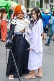 Cosplayers som tecken Ichigoand och Lukia av blekmedel i den Oishi världen Cosplay fantastiska 7 Arkivfoton