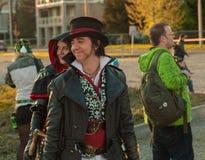 Cosplayers vestiu-se como caráteres do jogo Fotos de Stock