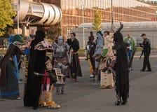 Cosplayers vestiu-se como caráteres do mundo do jogo de Warcraft Fotos de Stock