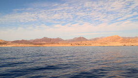 Costa abandonada do mar video estoque